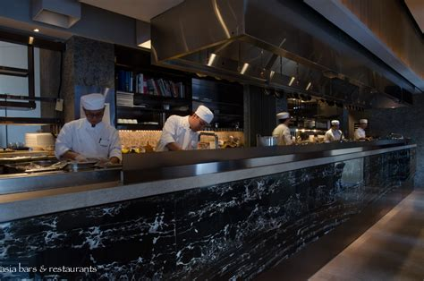 Cafe Gray Deluxe – restaurant & bar at The Upper House in