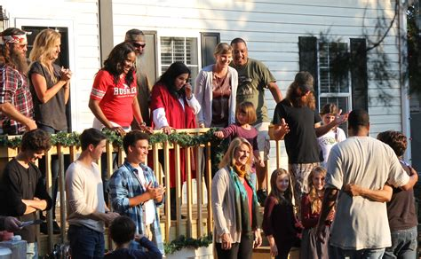 Clayton Home Gifted on Duck Dynasty® Christmas Episode